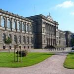 Palais universitaire - Fac théologie